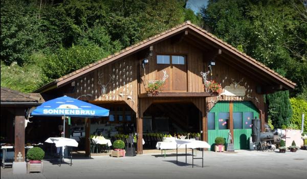 1 A im Rheintal gelegen: Hirsch-Höckli Feiern mit Aussicht