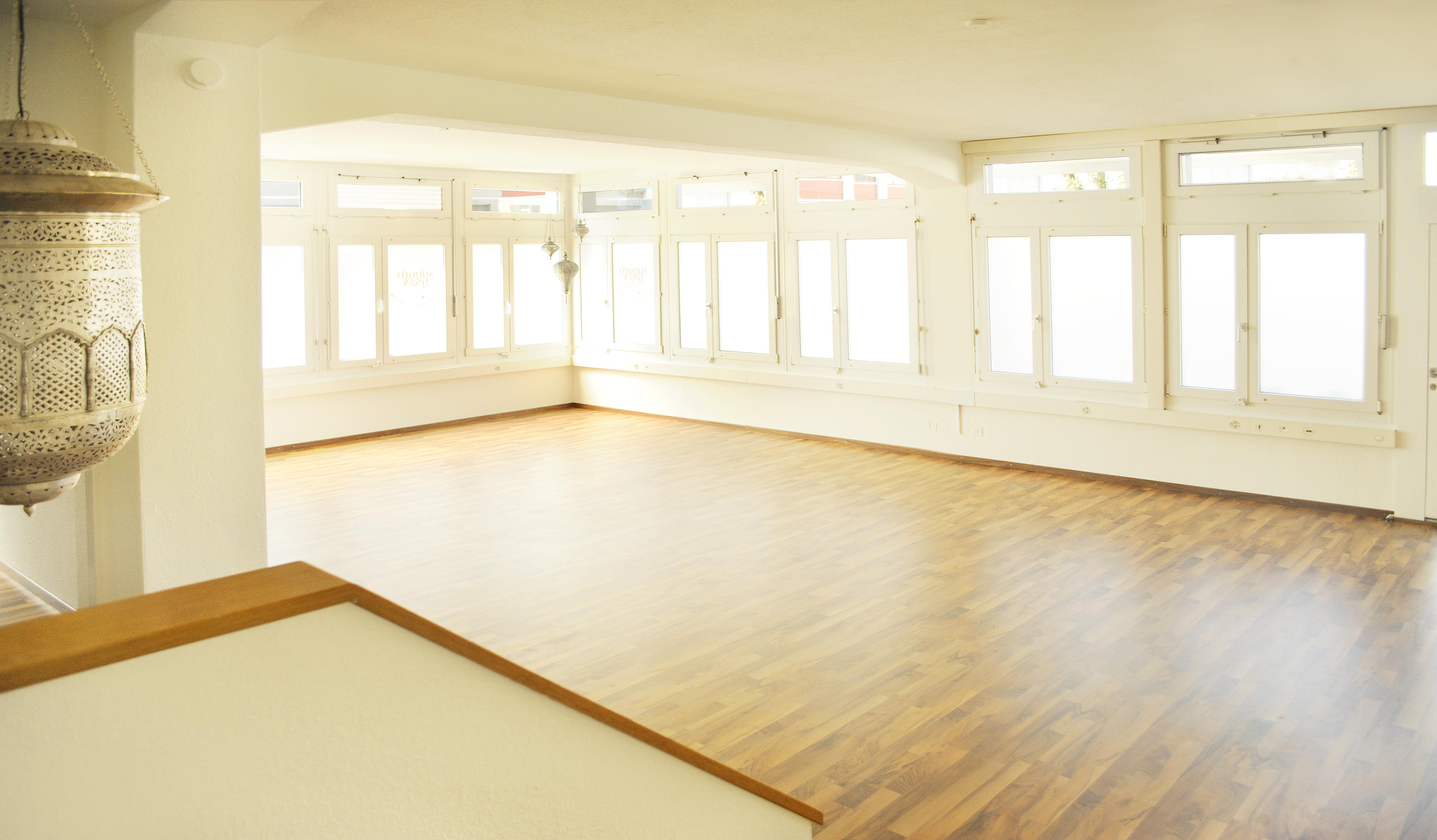 suburb yoga raum f r yoga klang meditaiton raum mieten raumvermietung. Black Bedroom Furniture Sets. Home Design Ideas